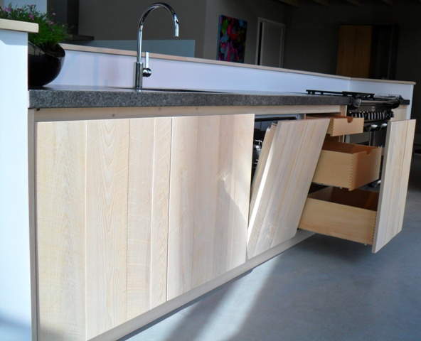 Eiken Keuken White Wash : whitewash – Handgemaakte houten keukens van meubelmaker JP Walker